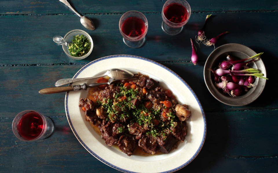 Oxtail recipe - Gourmet Guide